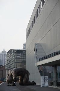 Unspektakulär: Eingang zur PowerstationofArt, Shanghai