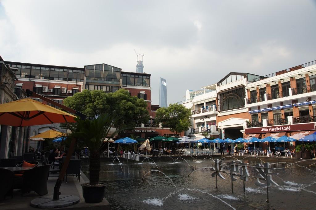 Unbearbeitet: Cool Docks in Shanghai