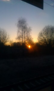 Blick aus der S-Bahn um acht Uhr heute früh.