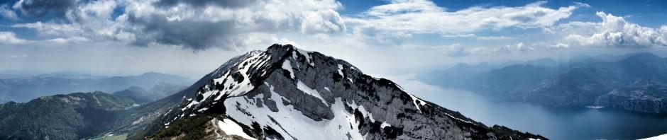 Leider diesmal unerreichbar: der Gipfel. Dafür entschädigte das Panorama und das Wetter.