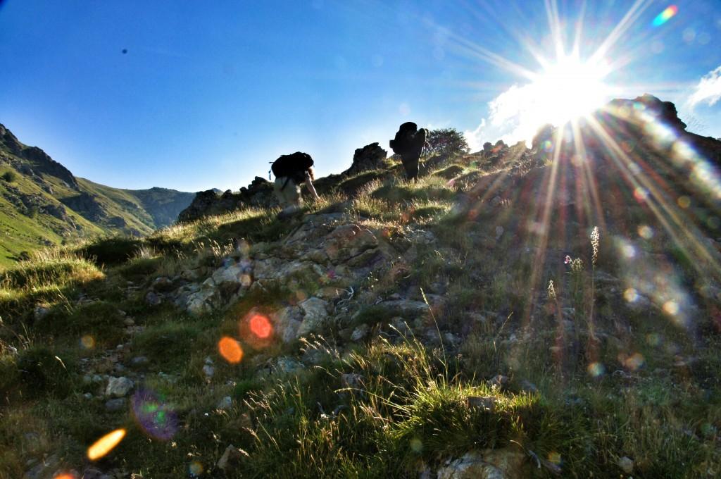 Aufstieg in der Morgensonne