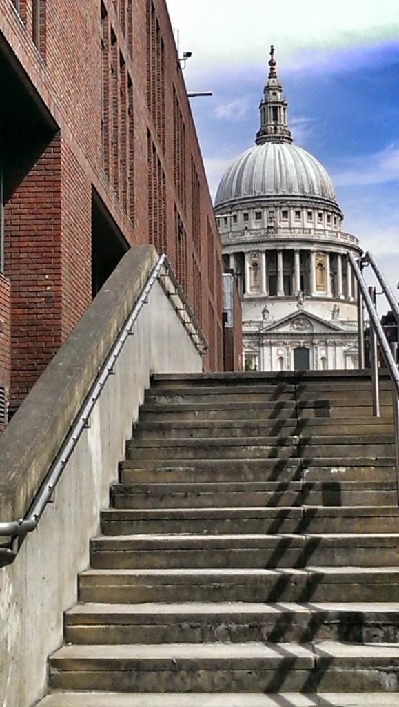 Die mächtige Kuppel der St. Pauls Cathedral