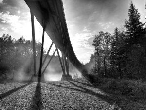 Keine Achterbahn, sondern die Brücke über die Traun für die Umgehungsstraße.